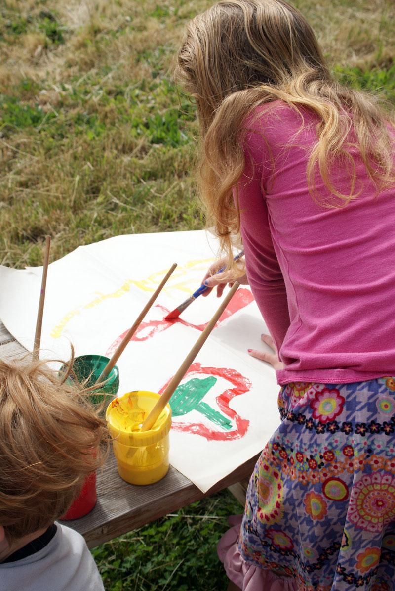 BIG MESSY Art for Kids: Paint on BIG Paper with Muse of the Morning
