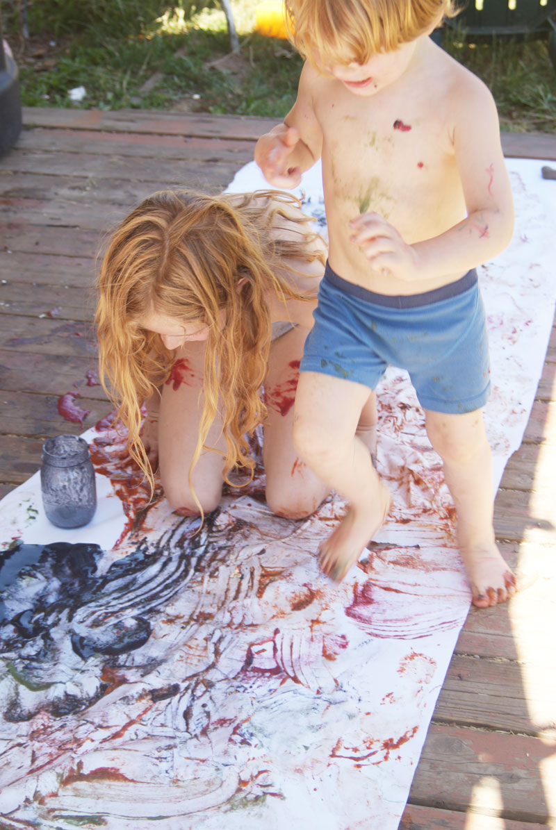BIG MESSY ART: Painting with body parts from Muse of the Morning