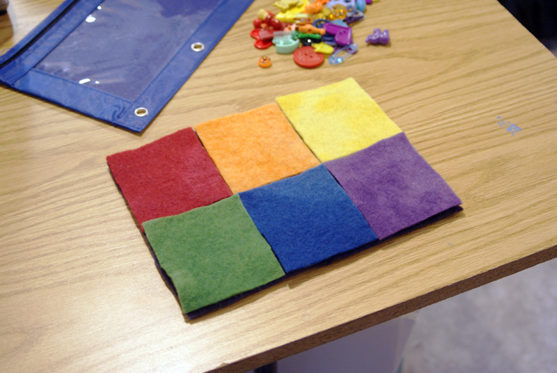 Color Sorting Busy Bag Activity from Muse of the Morning
